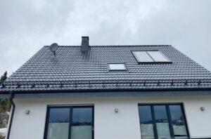 Dach mit neuem Schneefang